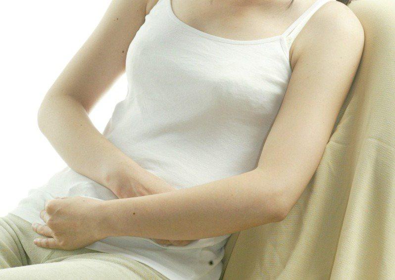 醫師建議,有了性行為後,就應每年接受子宮頸抹片檢查。 圖/聯合報系資料照片