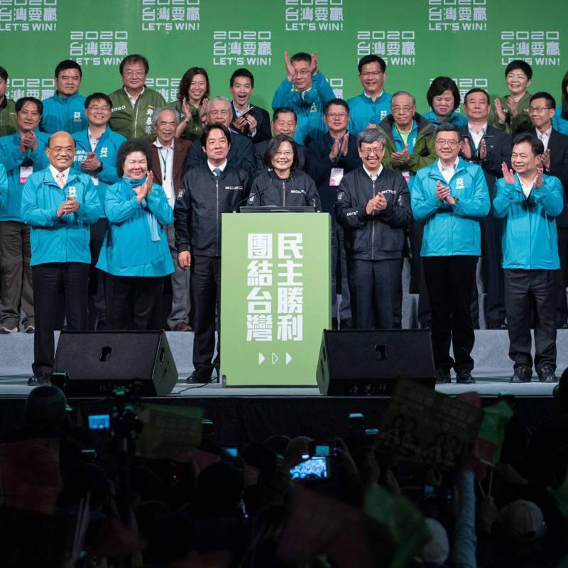 蔡總統14日晚間於臉書宣布由行政院前副院長林錫耀擔任未來黨秘書長。 圖/擷取自蔡英文臉書粉專