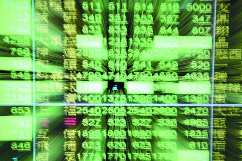 台股終場收在10,780.88點,下跌157.39點,跌幅1.44%,成交量1858.88億元,8大類股全面下跌。圖/聯合報系資料照片