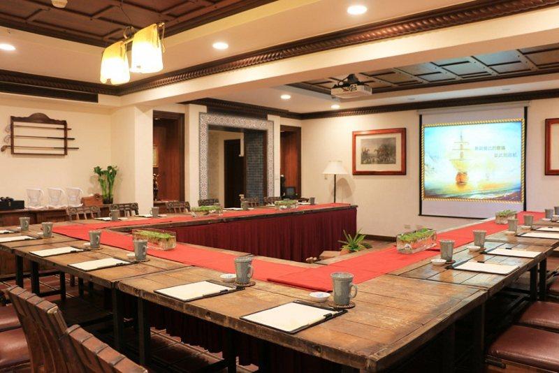 理想大地新聞稿2019年將總總套房改裝成頂級會議室,打造維護隱私的頂級會議饗宴 ...