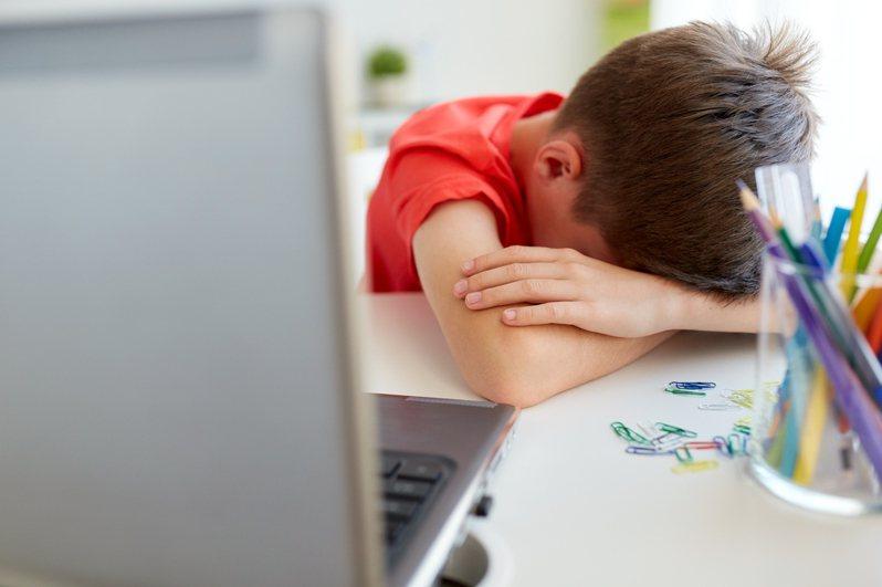 虐待行為可能會對孩童產生永久性的心理創傷。圖片來源/ingimage