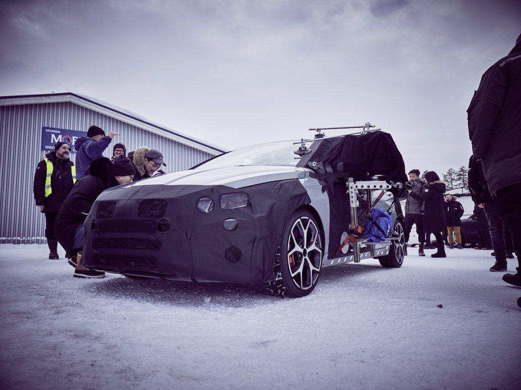 全新Hyundai i20 N先前在瑞典Arjeplog進行冬季測試。 摘自Hy...
