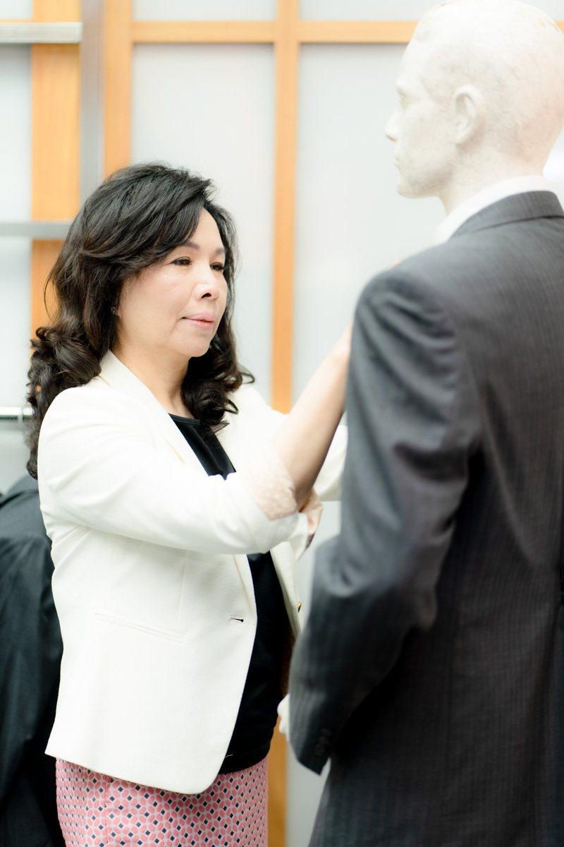 康翔設計總監林愛美熟知各行各業的制服枚角。