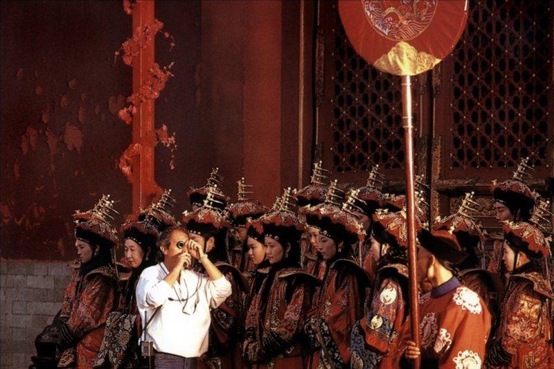 《末代皇帝》幕後照。 圖/IMDb