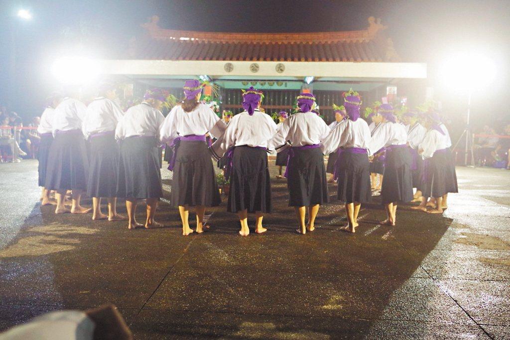 每年農曆九月舉行的吉貝耍夜祭,是西拉雅族重要傳統祭儀。 圖/吉貝耍文史工作室提供