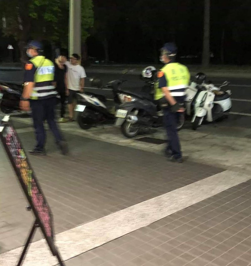 台中大甲昨晚發生打架案,警方到場處理。圖/取自臉書Love 大甲