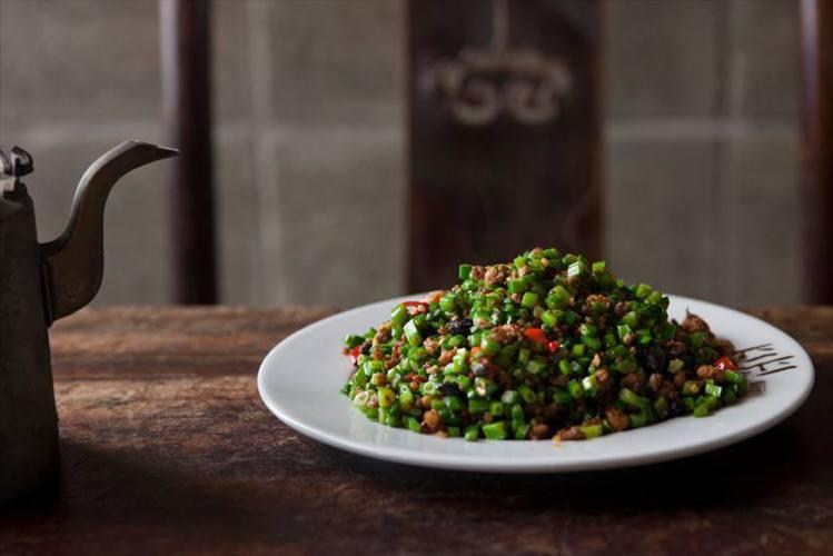 蒼蠅頭是KiKi最具代表性的招牌料理。圖/取自KiKi餐廳台北粉絲頁
