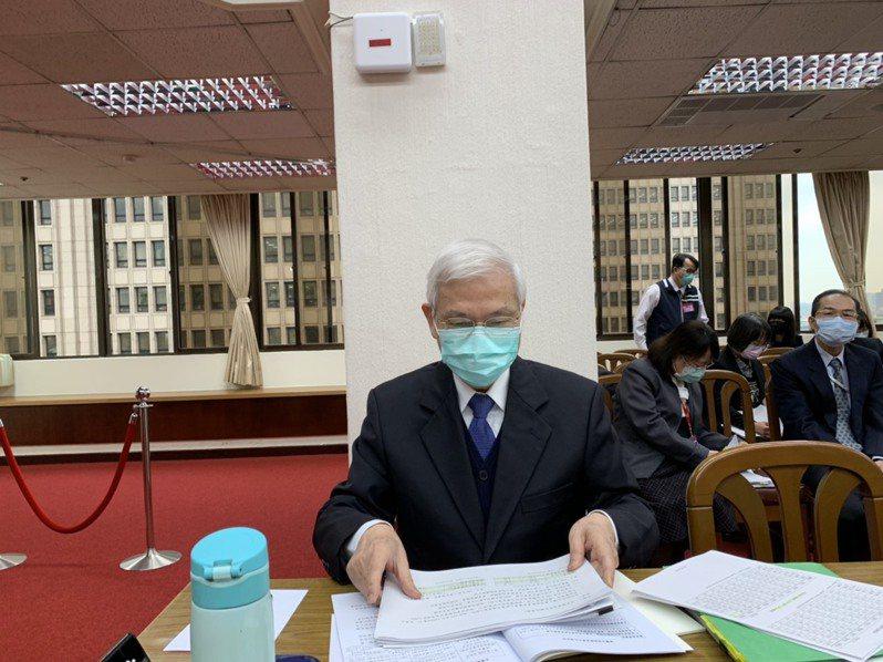 央行總裁楊金龍表示,景氣現在還看不到谷底。記者仝澤蓉/攝影
