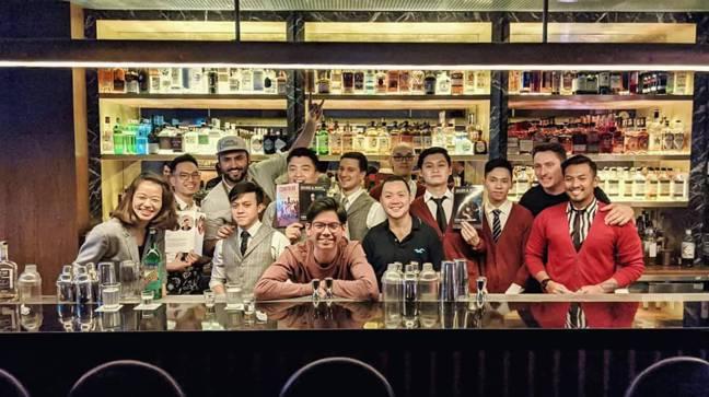拿下今年「亞洲50大酒吧」冠軍的新加坡「Jigger & Pony」團隊。 圖/...