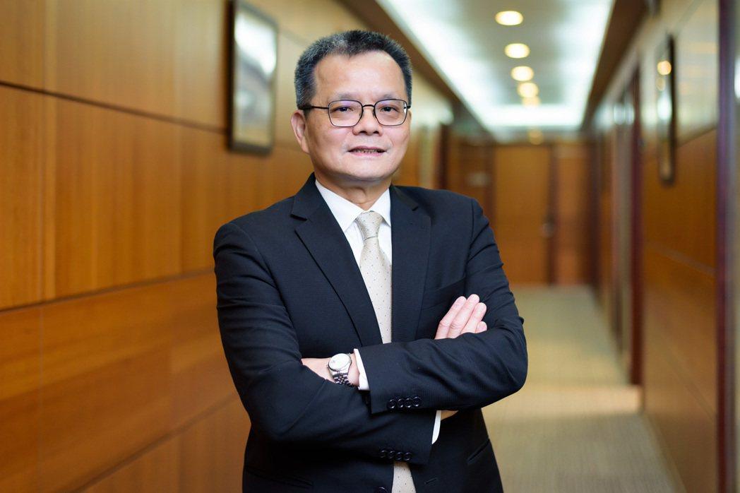 台灣汽電共生公司董事長張明杰表示,台汽電不僅是區域能源整合者,還協助去化全台三分...