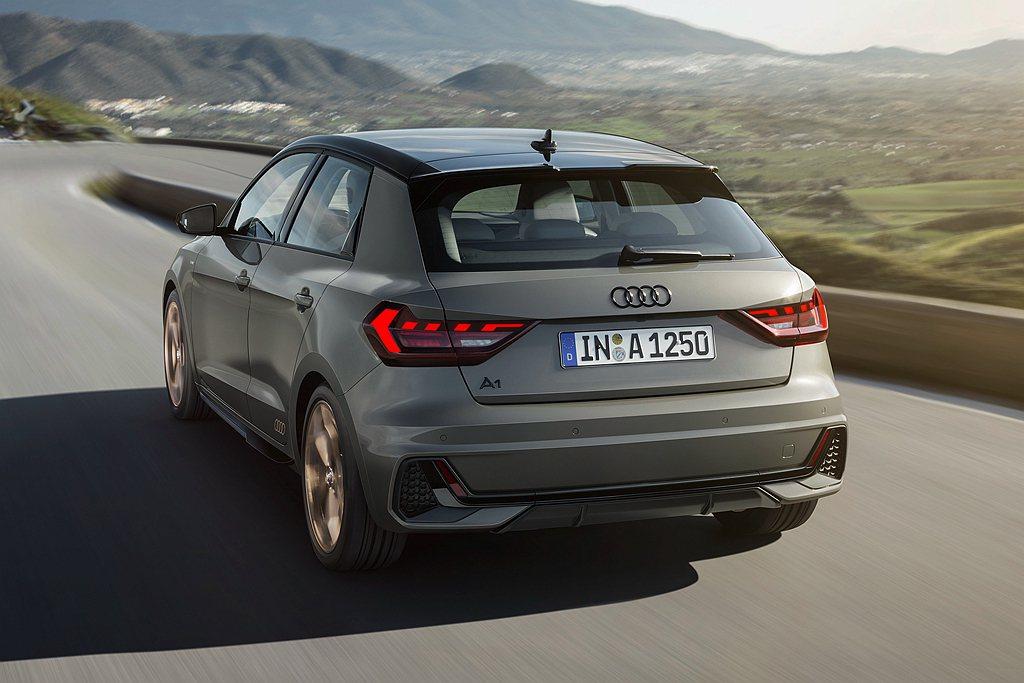 全新第二代Audi A1 Sportback搭載1.0L直列三缸直噴渦輪增壓引擎...