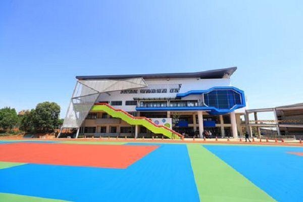 台中市東海國小新建二期校舍,增建13間 教室、活動中心與操場,預計今年5月完工。