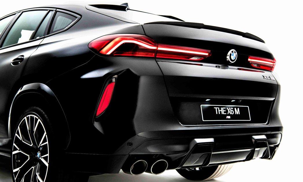黑色雙邊雙出尾管的M運動化排氣系統讓X6 M聲浪更為狂野渾厚。
