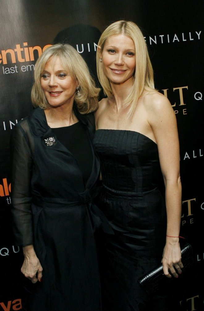 布麗絲丹娜(左)與女兒葛妮絲派楚被公認是長得極像的明星母女。圖/路透資料照片