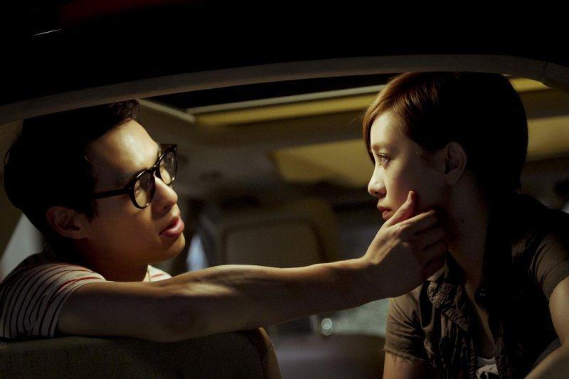 楊祐寧曾與前女友郭采潔合作電影「大尾鱸鰻」系列。圖/華納兄弟提供