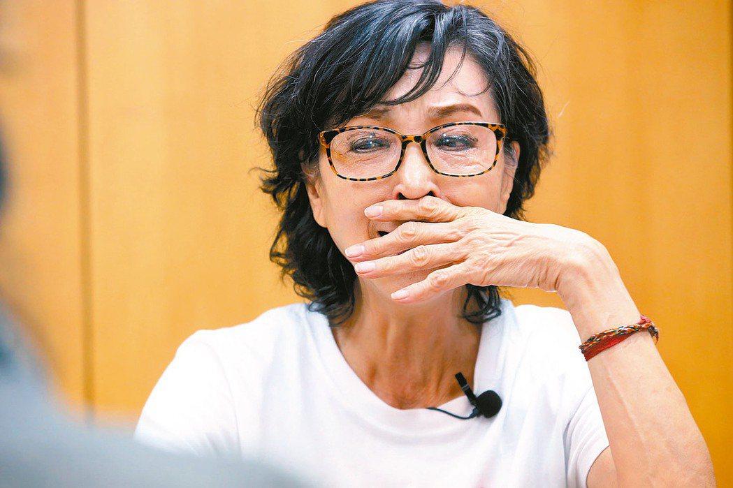 陳淑麗不太敢談媽媽,因為一談就會掉淚。 記者林俊良/攝影