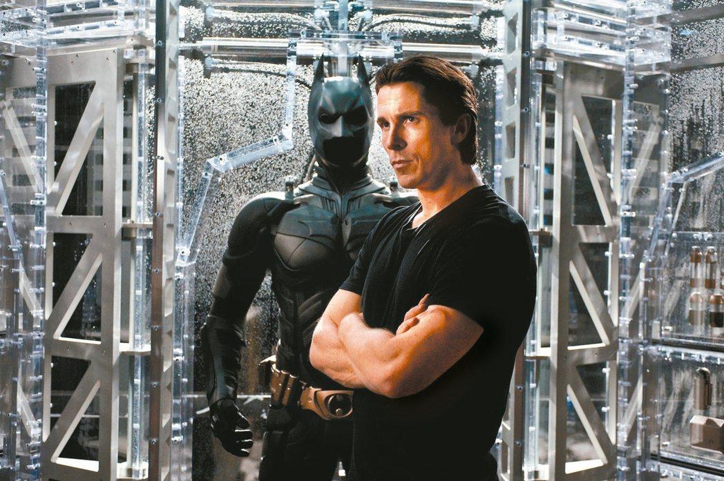 克里斯汀貝爾飾演蝙蝠俠布魯斯韋恩。 圖/華納兄弟提供
