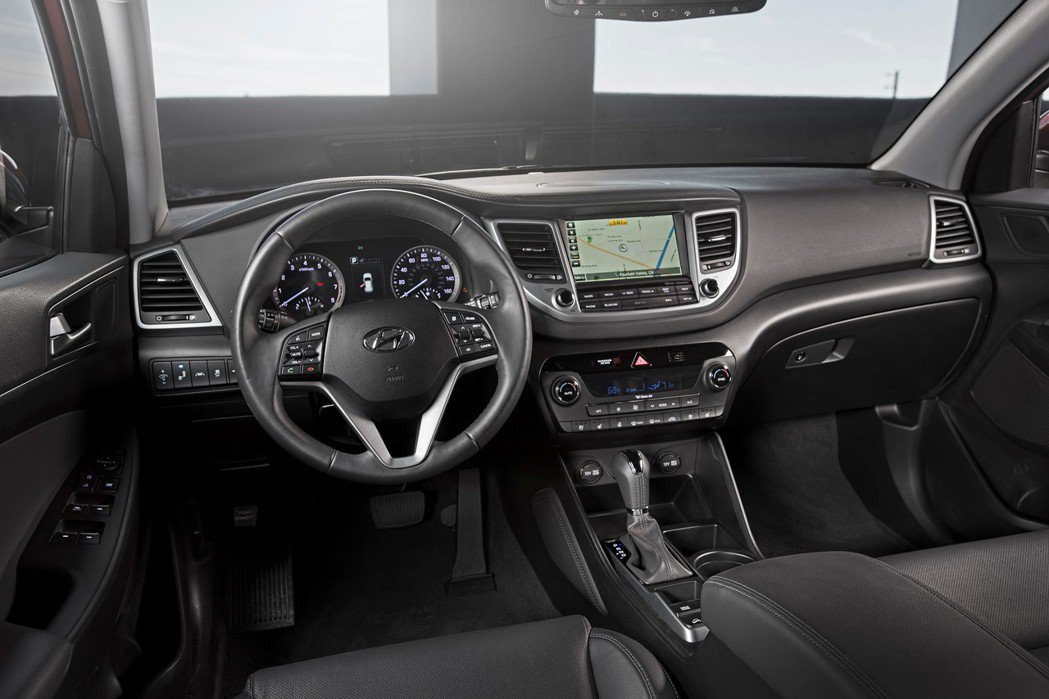 第三代Hyundai Tucson內裝。 摘自Hyundai