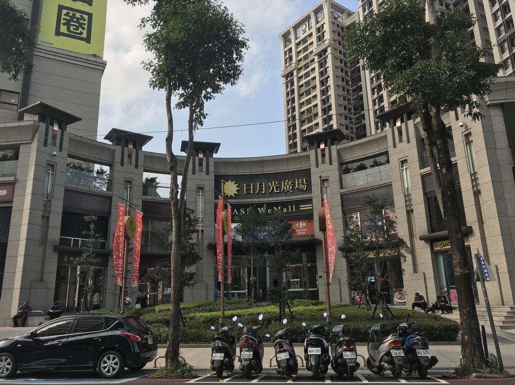 土城重劃區有捷運,加上日月光購物館場、影城及土城醫院議題帶動。記者游智文/攝影