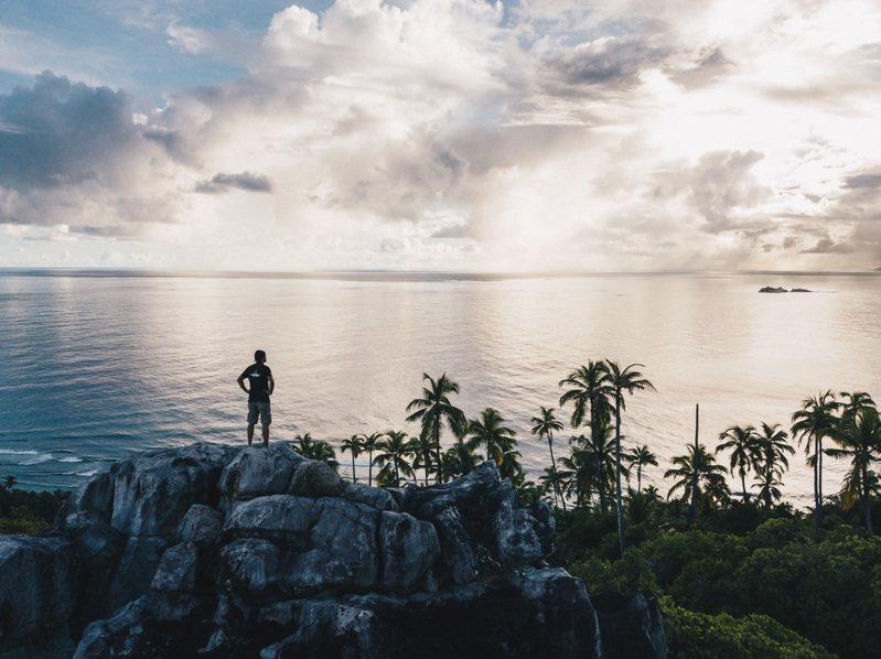位於東非的弗雷格特島(Fregate)上,除擁有要價一晚六位數的頂級度假村,更以保育物種而之名。圖 / Blancpain提供。