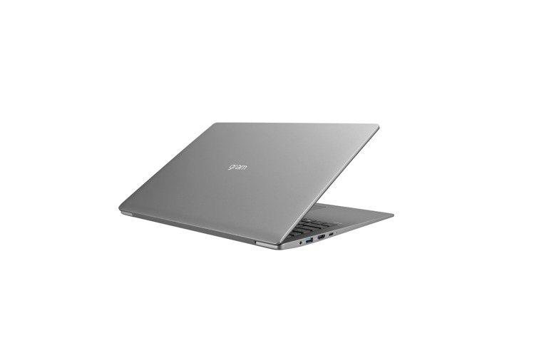LG gram延續大螢幕、大電量及輕機身特色,推出搭載最新第10代Intel處理...