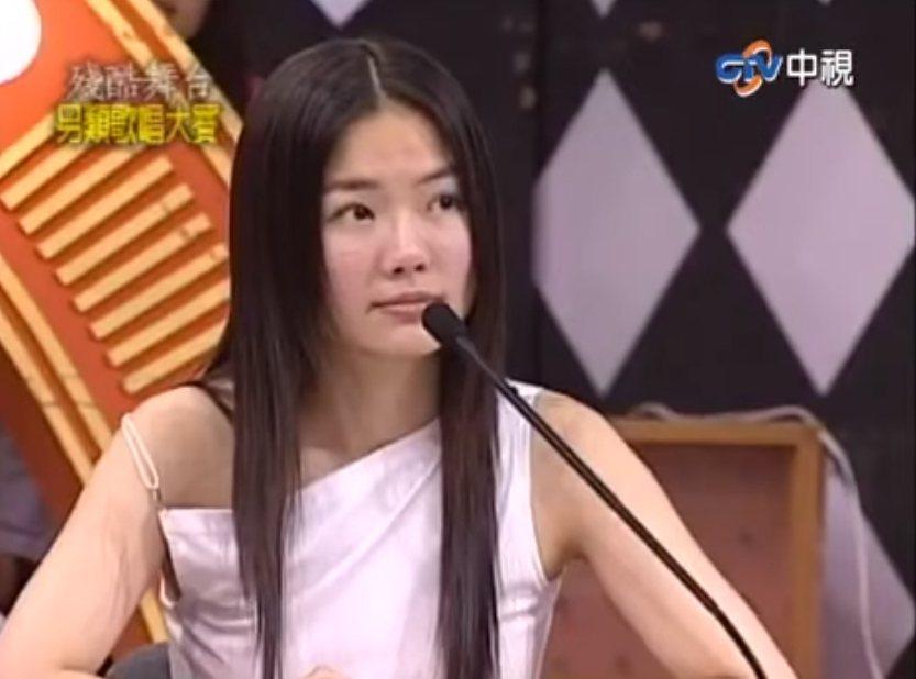 謝金燕當時是「綜藝大國民」殘酷舞台單元評審之一。圖/摘自臉書