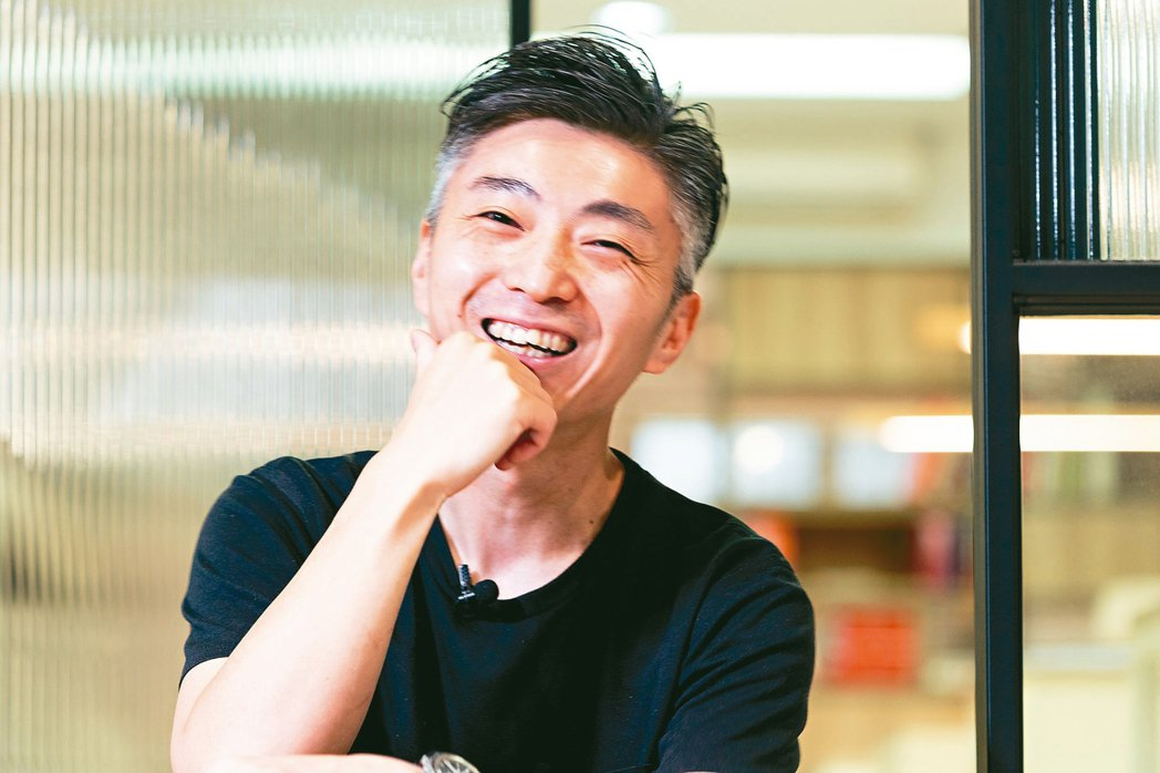 談起在台灣的回憶,林泉總是笑開懷。 記者陳立凱/攝影