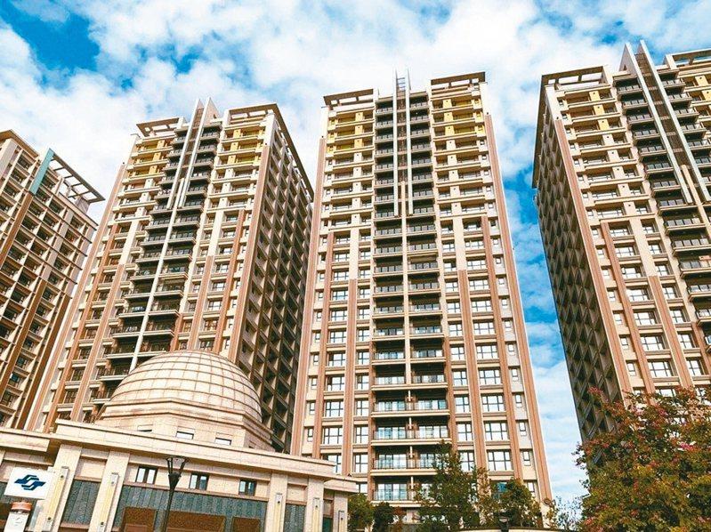 北市推出「青年進城激勵方案」,選定捷運蘆洲站聯合開發大樓,挑出大坪數30戶,採「分租共居」方式,但出租率一直低迷。 圖/聯合報系資料照片