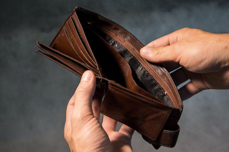 你天天都會用銭包,有沒有想過我們囗袋中,包包中的錢包有多髒? 圖/pixabay
