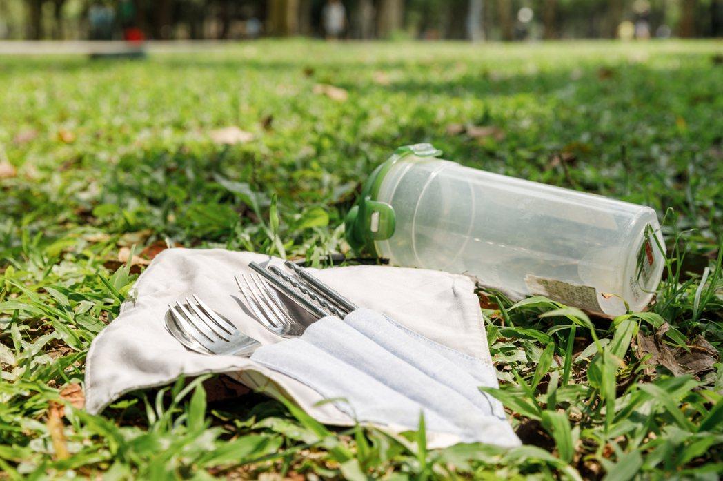 環境youtuber雪莉表示:「倡議環保行動不求高大理念,只要生活實踐一小點」。...