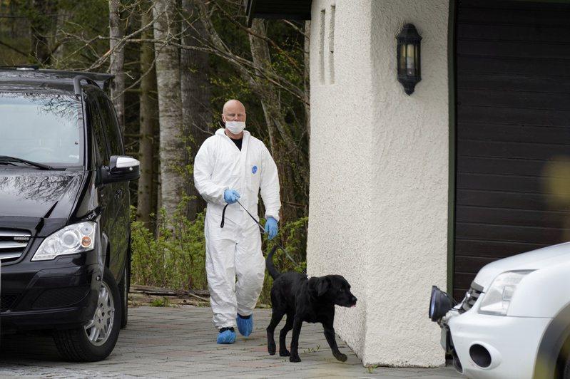 挪威能源及地產大亨哈根在妻子失蹤後一年半被捕,警方懷疑她遭謀殺。圖為挪威警方在失蹤現場附近調查。路透