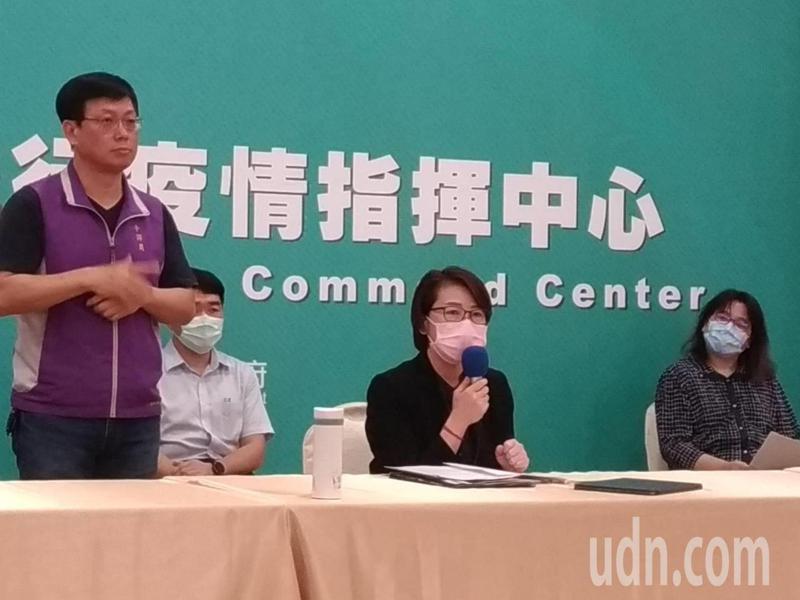 台北市副市長黃珊珊表示,從5月25日起,台北市100人以下公有場館,不共餐、採實名制將解封。記者林麗玉/攝影