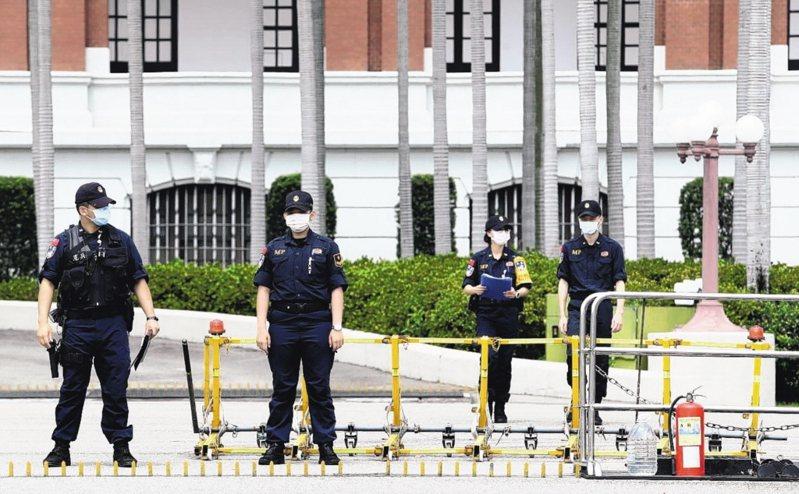 總統府疑遭駭,密件外洩,總統府稱文件遭到「偽變造」,已向刑事警察局報案,目前在偵查程序中。圖/聯合報系資料照片