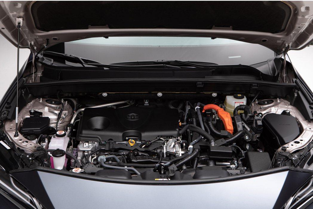 全新Toyota Venza Crossover所配置的2.5升Hybrid油電...