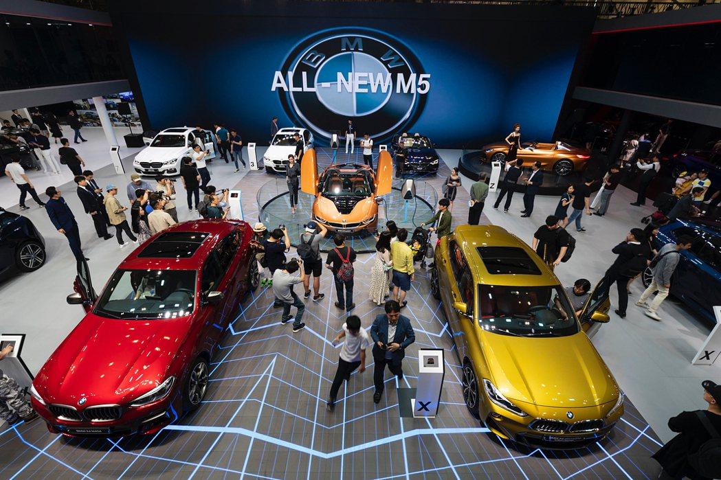圖為2018年時釜山車展的BMW展區。 摘自BMW Korea Instagra...