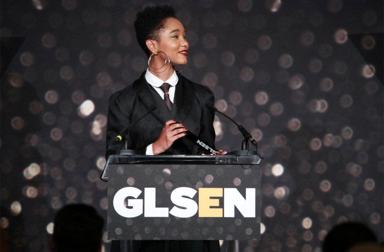 去年秋天,Elle Smith獲頒成為GLSEN的年度最佳學生倡議者。圖/蘋果提...