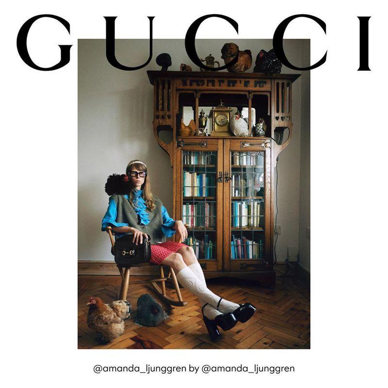 GUCCI稍早在IG推出秋冬形象企劃,把衣服和包包、相關配件等單品寄送到模特兒的家,讓模特兒自己擔任造型師、攝影師等,獨力完成拍攝。圖/摘自IG