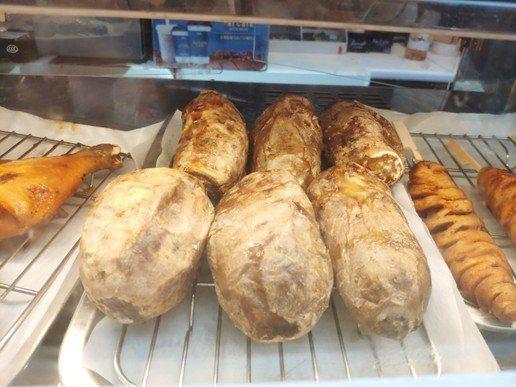 台灣烤地瓜在中國大陸線下通路上熱銷。 金色大地/提供