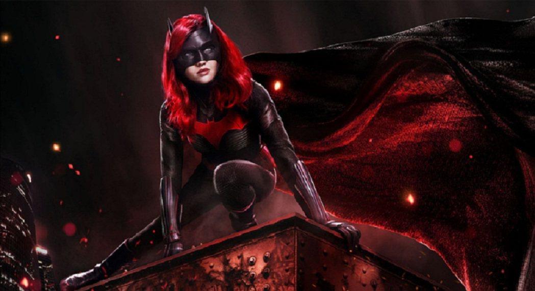 「蝙蝠女俠」才宣告要再做第2季,女主角就決定退出。圖/摘自imdb