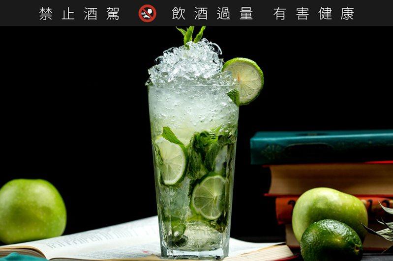 調酒Mojito (莫希托)。(圖/freepik)