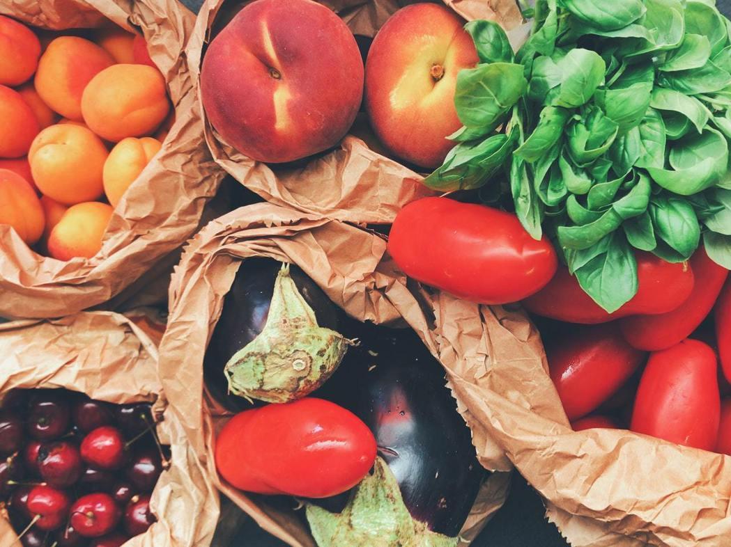 水果與蔬菜每天都要吃。圖/摘自Pelexs