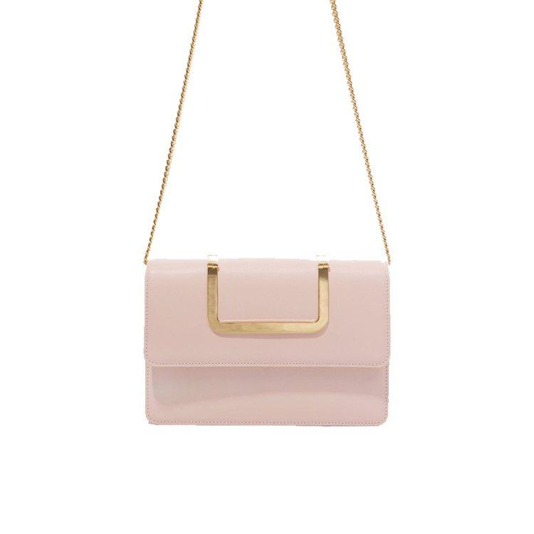 EENK粉紅色方包,11,500元。圖/團團選品提供
