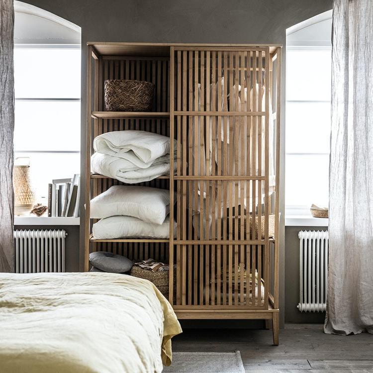 IKEA建議,利用自然材質像是亞麻、藤編、竹製材質的家具家飾,營造禪意、慵懶空間...