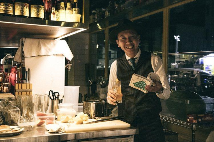 誠品敦南店5/29推出「說再見低調派對」,邀請餐酒館「貓下去敦北俱樂部」設置mi...