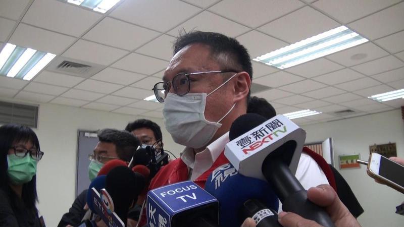 高雄市新聞局長鄭照新籲罷韓團體,再怎麼對立,也別拿高雄市民福祉開刀。記者王昭月/攝影