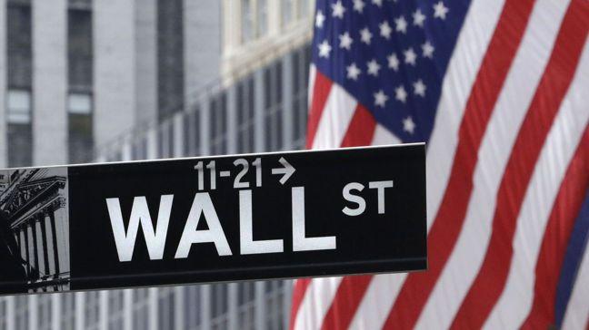 美國股市暗潮洶湧,最近可能是風雨前的寧靜。美聯社