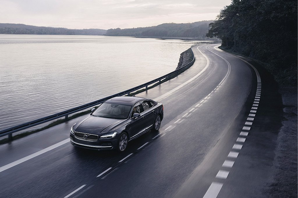 Volvo Cars在5月20日對外宣布每輛出廠的新車都具備最高180km/h時...