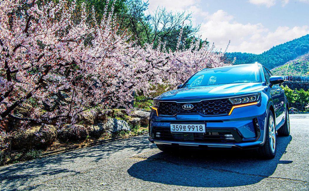 第四代Kia Sorento是Hyundai-Kia集團第一款配置全新八速濕式D...