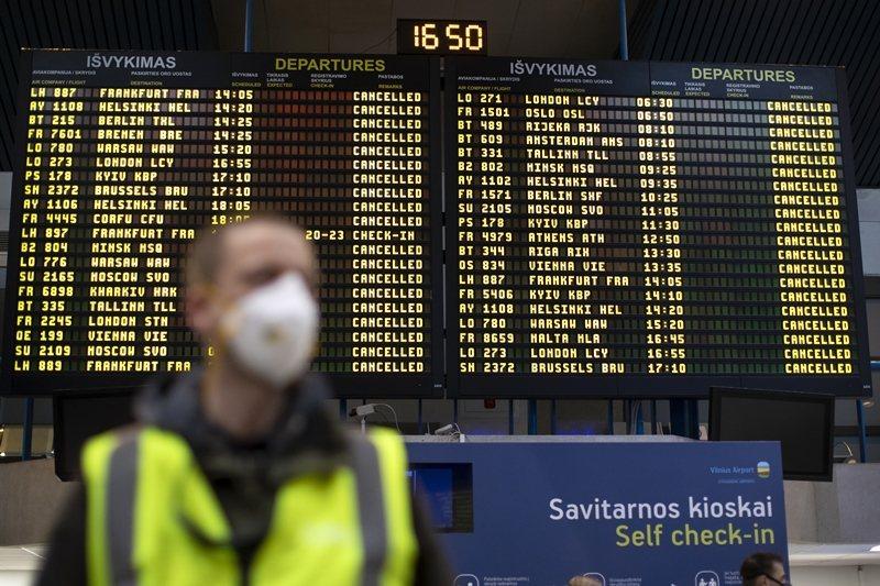 各國的出入境限制則是最終關鍵,航空公司的存亡除了在於能否獲得紓困,更取決於世界封...