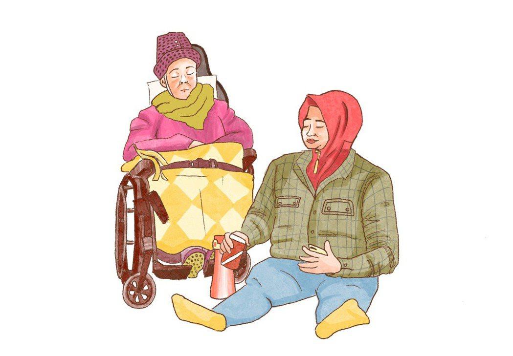 推著阿嬤輪椅放假的移工,即使是放假日,也要把阿嬤照顧得妥貼。插畫/江婉琦。